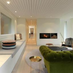 norvegia-una-casa-moderna-immersa-nel-verde-living_oggetto_editoriale_h495