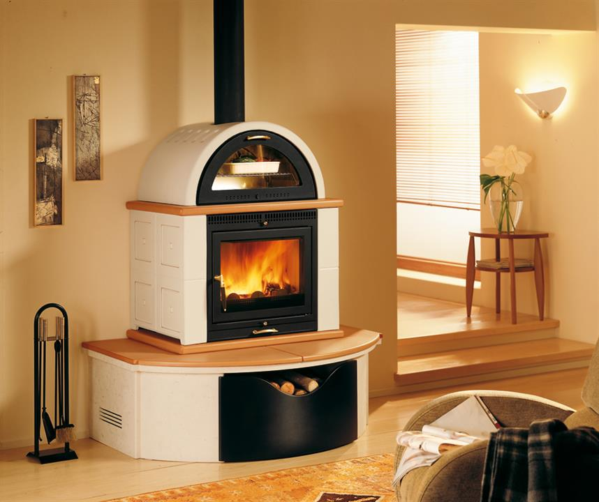 le stufe a legna con forno. Black Bedroom Furniture Sets. Home Design Ideas